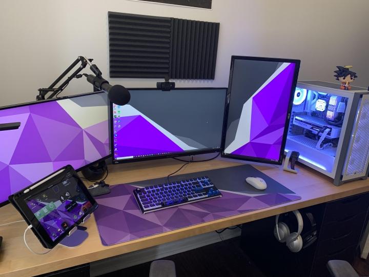 Show_Your_PC_Desk_Part216_14.jpg