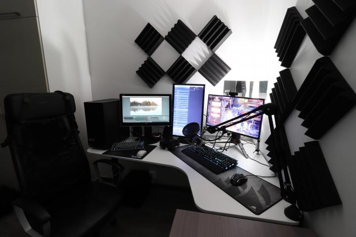 Show_Your_PC_Desk_Part216_21.jpg