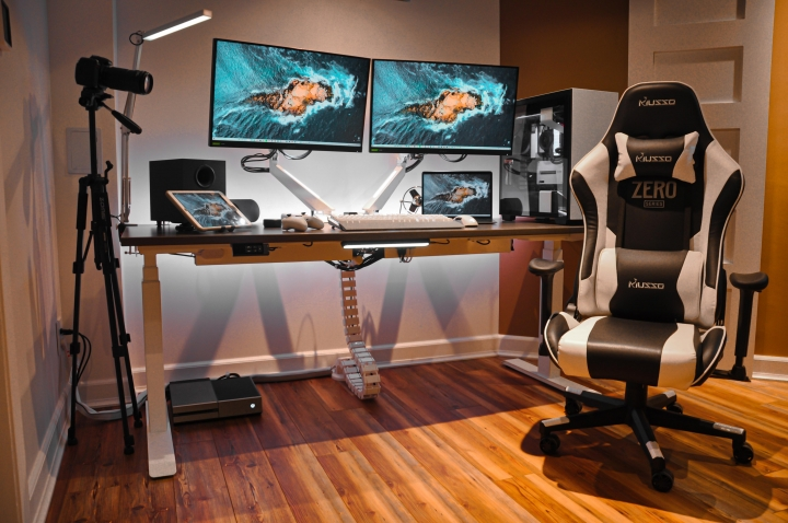 Show_Your_PC_Desk_Part216_24.jpg