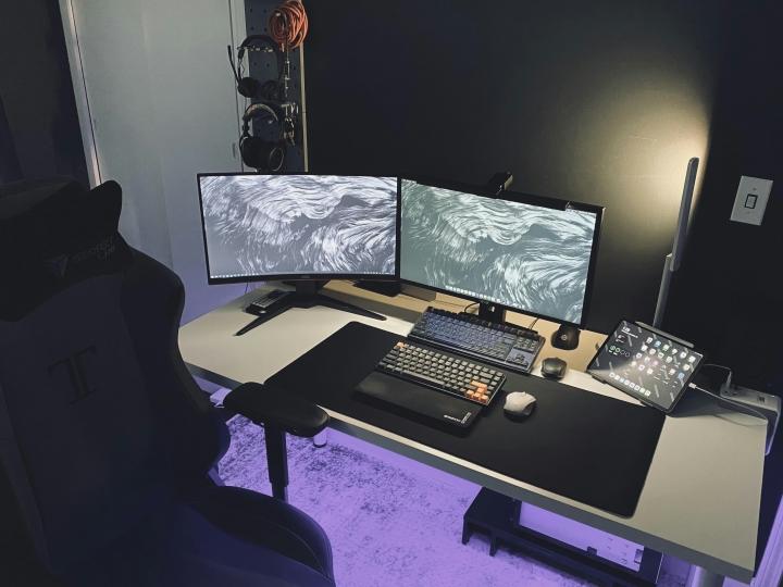 Show_Your_PC_Desk_Part216_39.jpg