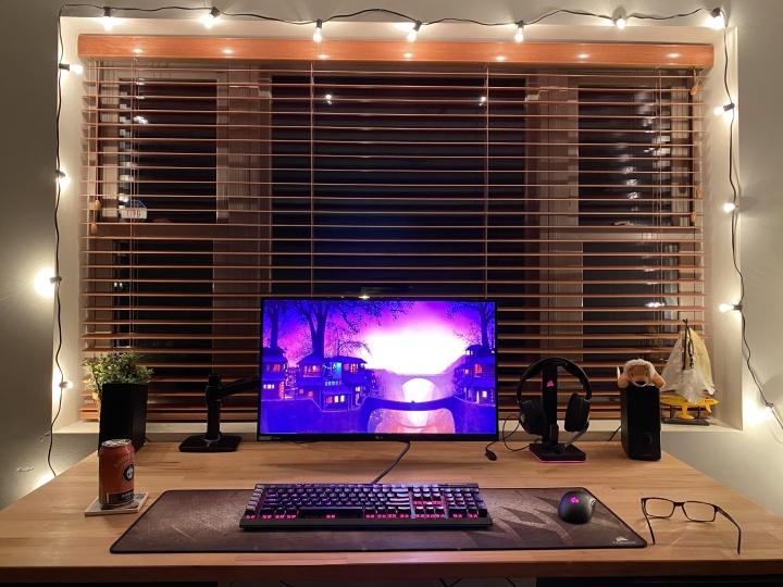 Show_Your_PC_Desk_Part216_54.jpg