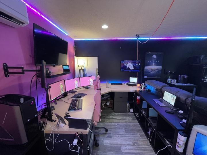 Show_Your_PC_Desk_Part218_29.jpg