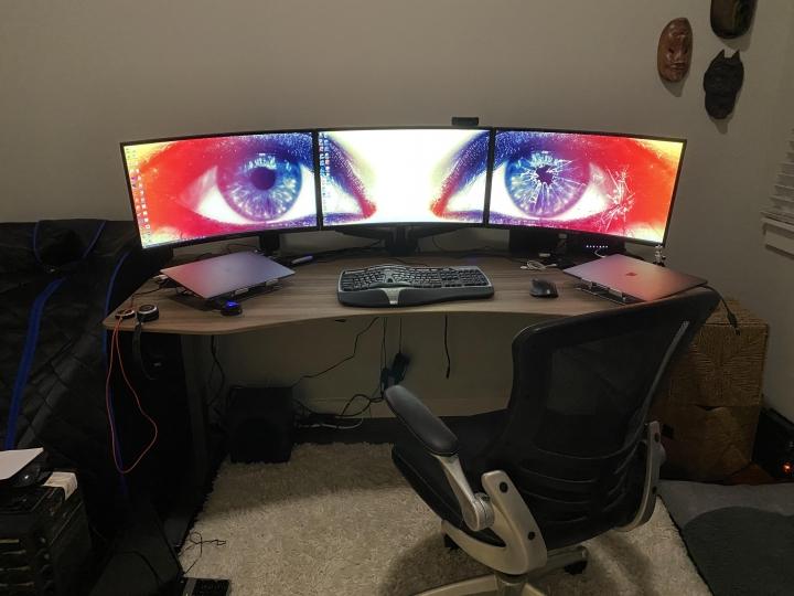 Show_Your_PC_Desk_Part218_44.jpg