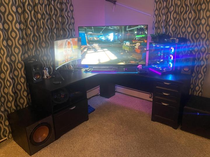Show_Your_PC_Desk_Part218_49.jpg