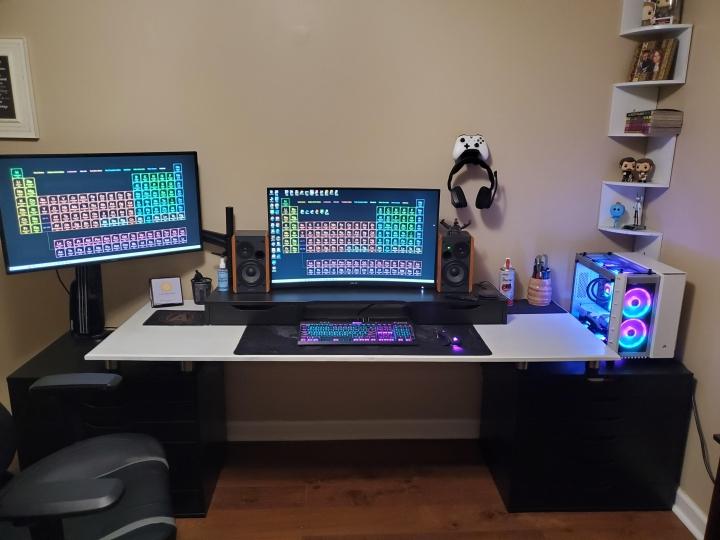 Show_Your_PC_Desk_Part218_62.jpg