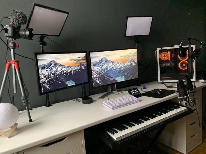 Show_Your_PC_Desk_Part218_63.jpg