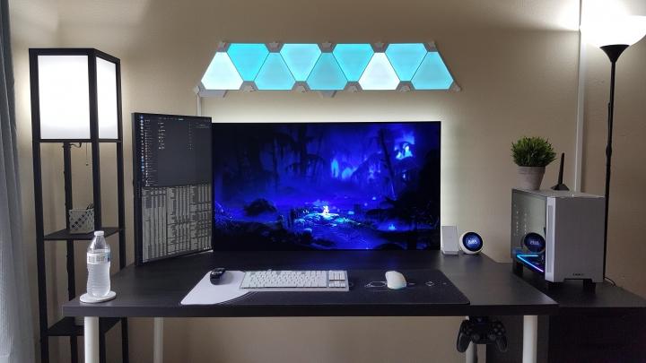 Show_Your_PC_Desk_Part218_66.jpg