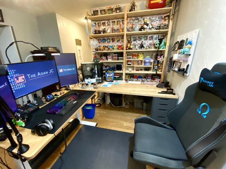 Show_Your_PC_Desk_Part218_86.jpg