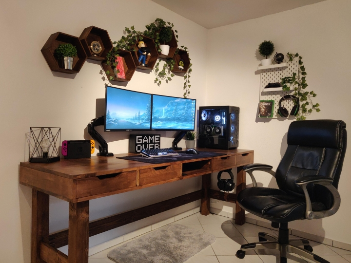 Show_Your_PC_Desk_Part219_14.jpg