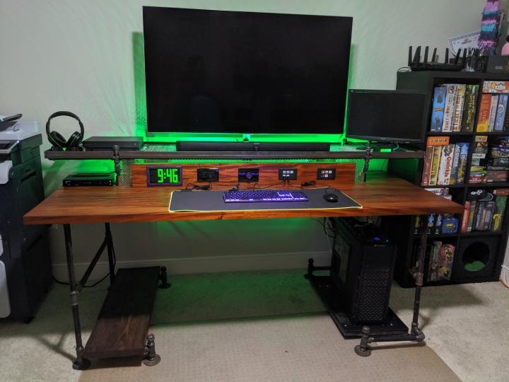 Show_Your_PC_Desk_Part219_26.jpg