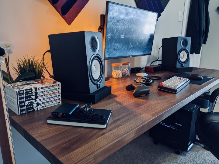 Show_Your_PC_Desk_Part219_31.jpg