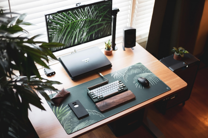 Show_Your_PC_Desk_Part219_32.jpg