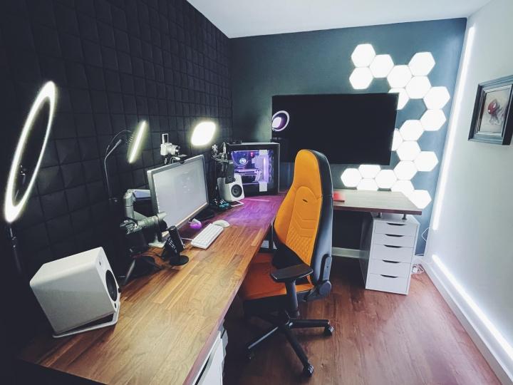 Show_Your_PC_Desk_Part219_41.jpg