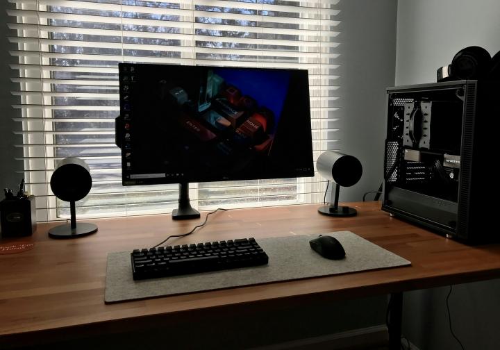 Show_Your_PC_Desk_Part219_43.jpg