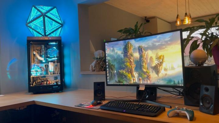 Show_Your_PC_Desk_Part219_44.jpg
