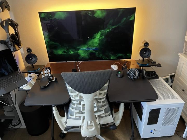 Show_Your_PC_Desk_Part219_48.jpg