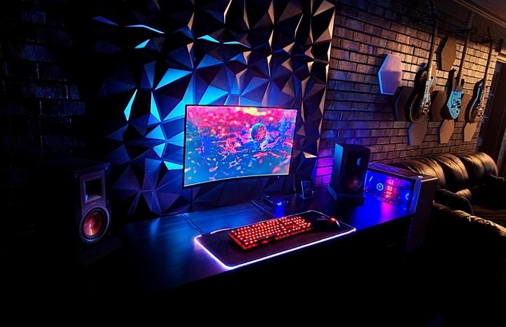 Show_Your_PC_Desk_Part219_61.jpg