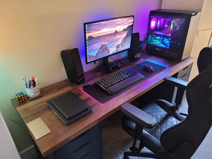 Show_Your_PC_Desk_Part219_63.jpg