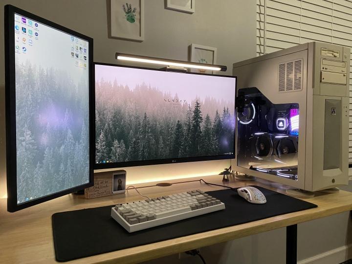 Show_Your_PC_Desk_Part219_79.jpg