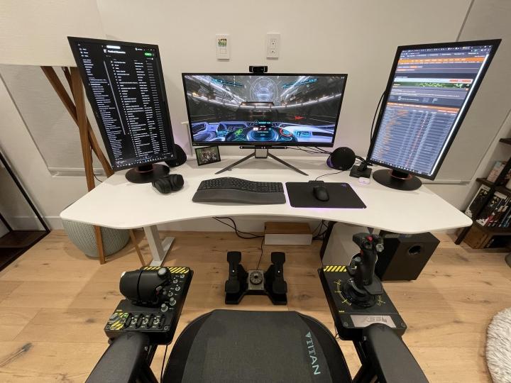 Show_Your_PC_Desk_Part219_95.jpg