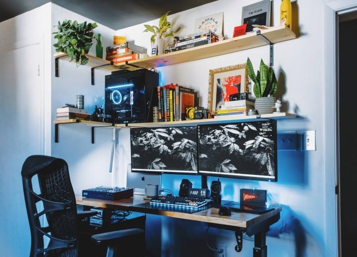 Show_Your_PC_Desk_Part221_02.jpg