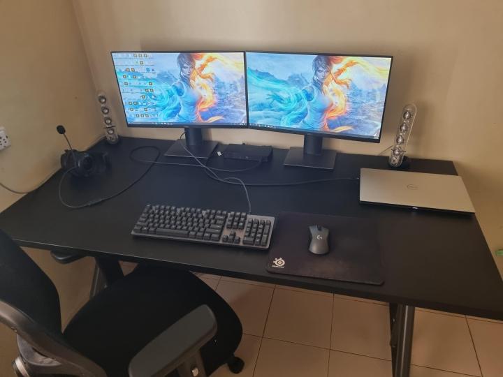 Show_Your_PC_Desk_Part221_05.jpg