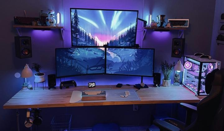 Show_Your_PC_Desk_Part221_07.jpg