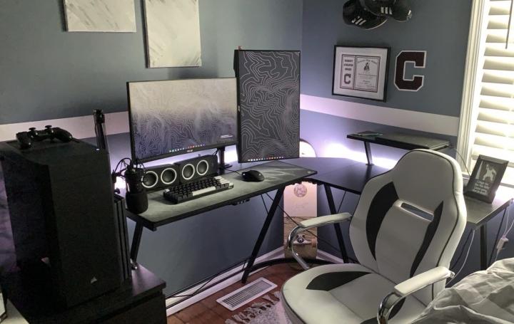 Show_Your_PC_Desk_Part221_11.jpg
