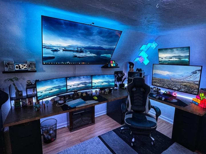 Show_Your_PC_Desk_Part221_12.jpg
