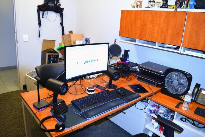 Show_Your_PC_Desk_Part221_15.jpg