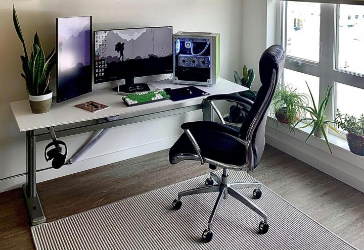 Show_Your_PC_Desk_Part221_18.jpg