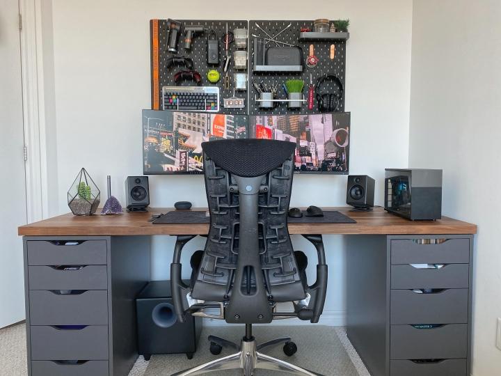 Show_Your_PC_Desk_Part221_19.jpg