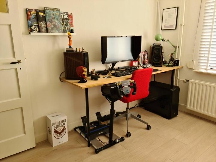 Show_Your_PC_Desk_Part221_31.jpg