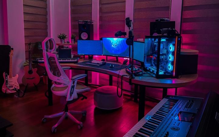 Show_Your_PC_Desk_Part221_33.jpg