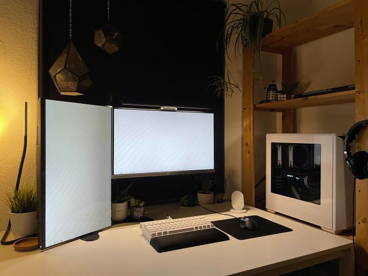 Show_Your_PC_Desk_Part221_34.jpg