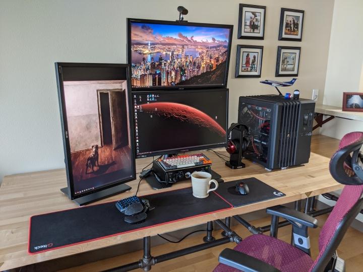 Show_Your_PC_Desk_Part221_44.jpg