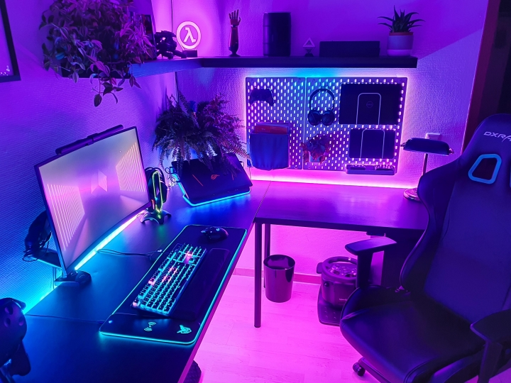 Show_Your_PC_Desk_Part221_45.jpg