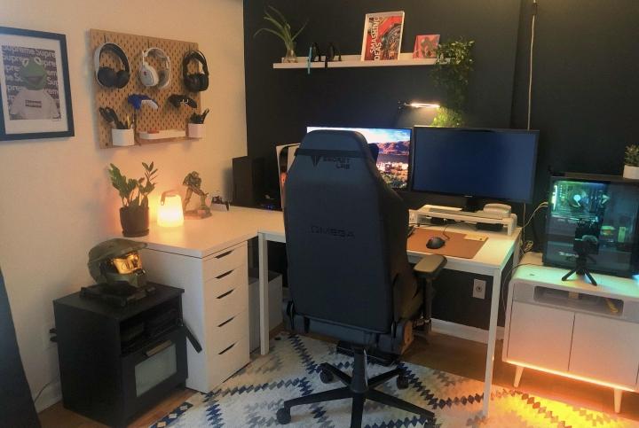 Show_Your_PC_Desk_Part221_48.jpg