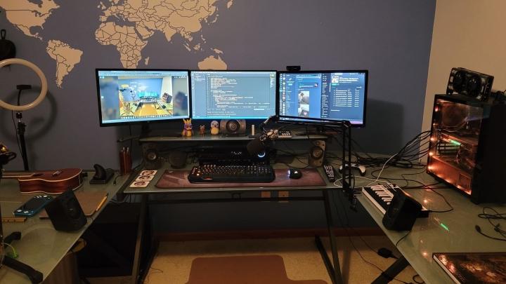 Show_Your_PC_Desk_Part221_55.jpg