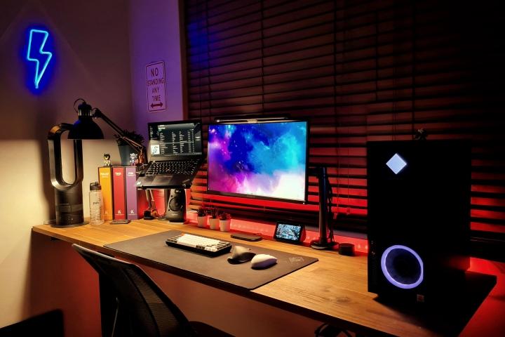 Show_Your_PC_Desk_Part221_62.jpg