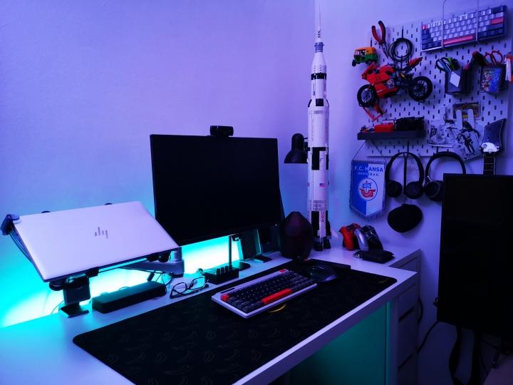 Show_Your_PC_Desk_Part221_64.jpg