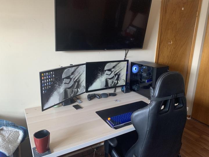 Show_Your_PC_Desk_Part221_73.jpg