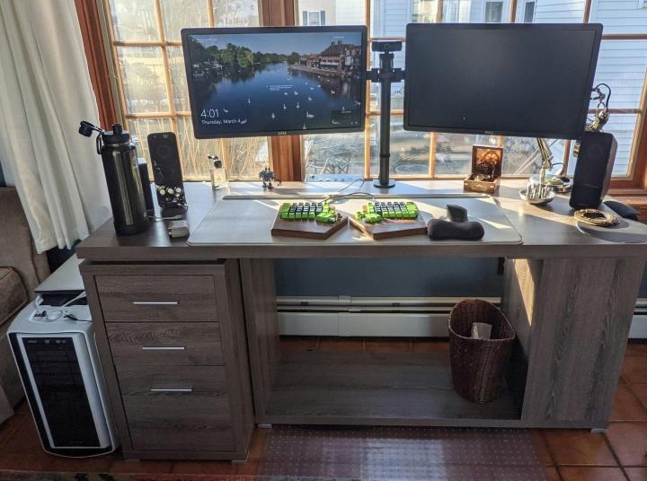 Show_Your_PC_Desk_Part221_80.jpg