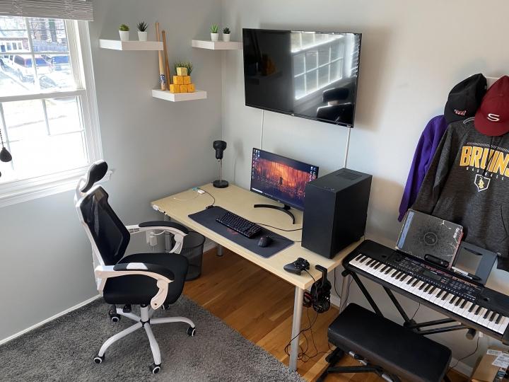Show_Your_PC_Desk_Part221_83.jpg