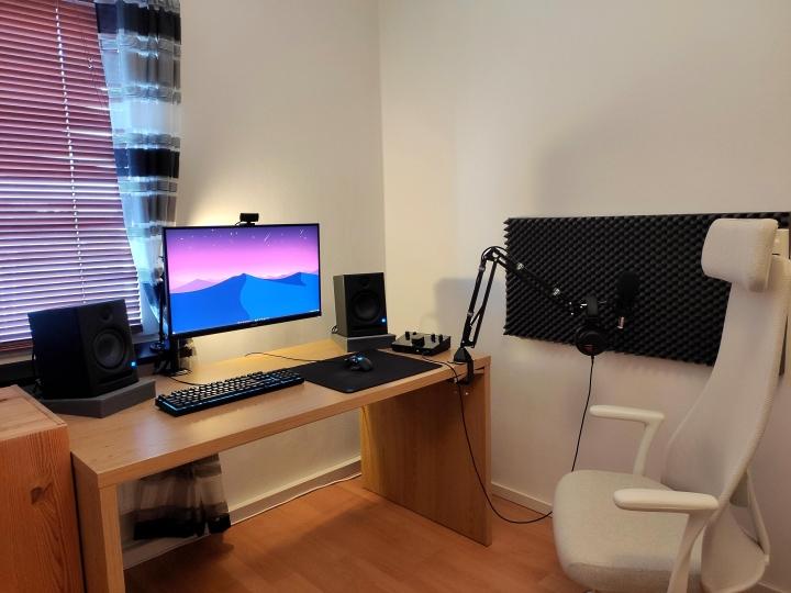 Show_Your_PC_Desk_Part221_84.jpg