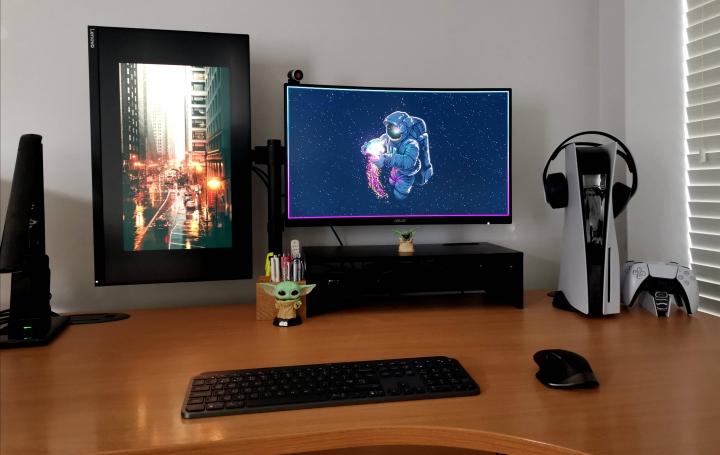 Show_Your_PC_Desk_Part221_86.jpg