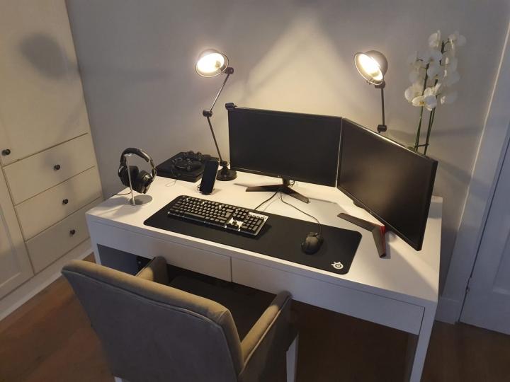 Show_Your_PC_Desk_Part221_87.jpg