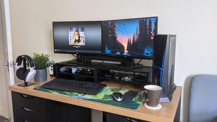 Show_Your_PC_Desk_Part221_90.jpg