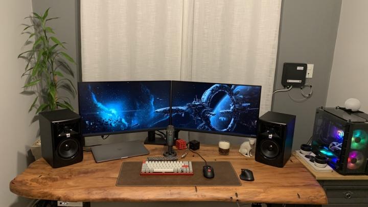Show_Your_PC_Desk_Part221_99.jpg