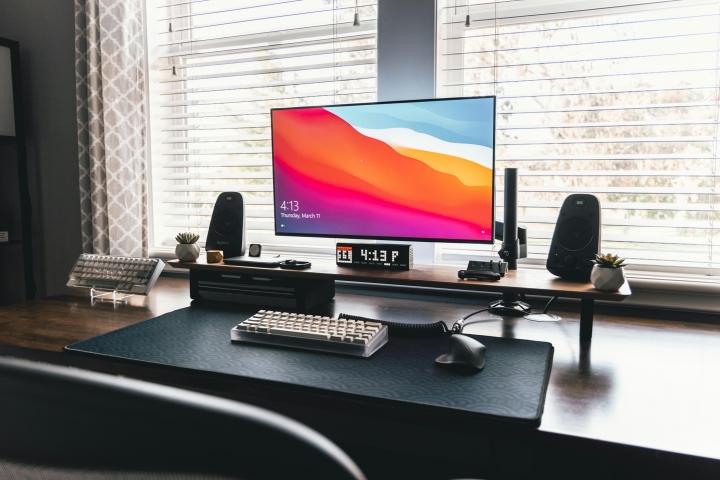 Show_Your_PC_Desk_Part222_01.jpg